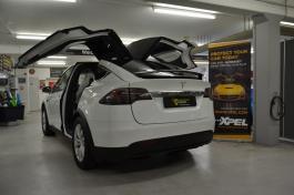 Steinschlagschutz XPEL Ultimate Tesla Model X